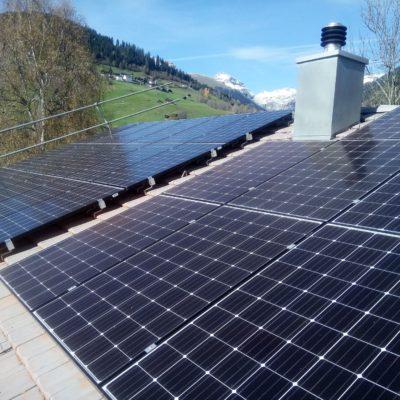Photovoltaik Eigenbedarfsanlage mit Batteriespeicher in Waltensburg